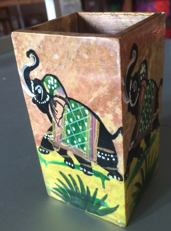 Pot/porte-stylos marbre incruste, 10,4x5,7 cm