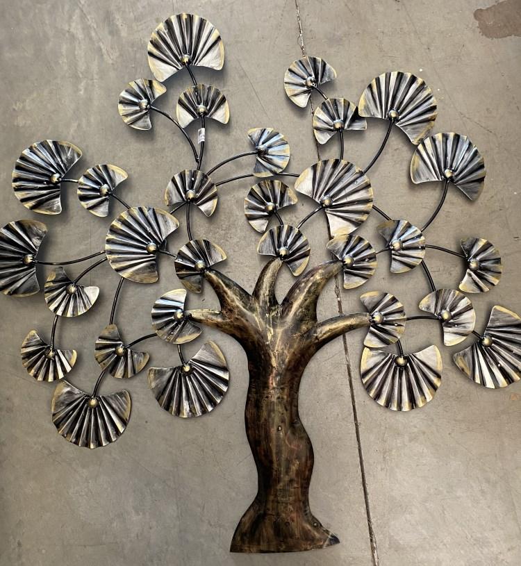 Arbre en metal-fer peint, plat, 102x98cm