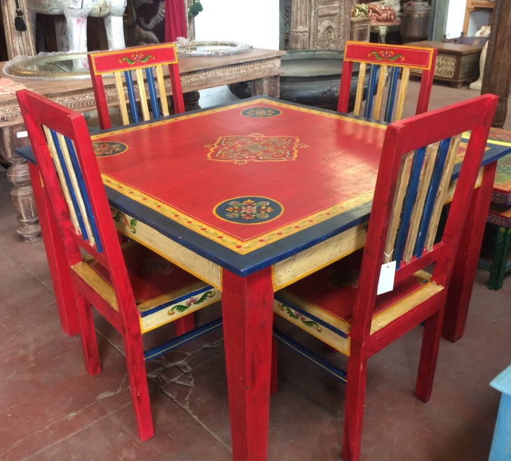 Table de SàM + 4 chaises 80/80/77