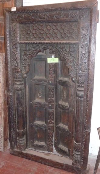 Porte ancienne en bois sculpté à 2 battants, 140x75cm