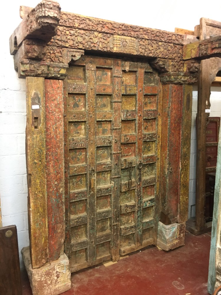 Porte ancienne en bois du Rajasthan, 242 x 180 cm